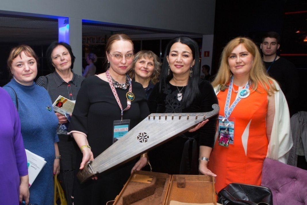 Dimash Fan Club in Belarus presented the singer with a personalized musical instrument