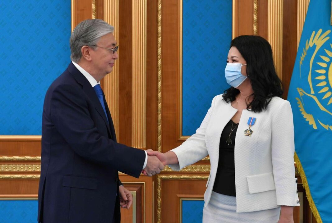 "Svetlana Aitbayeva was awarded the Order of Chevalier of ""Qurmet"""