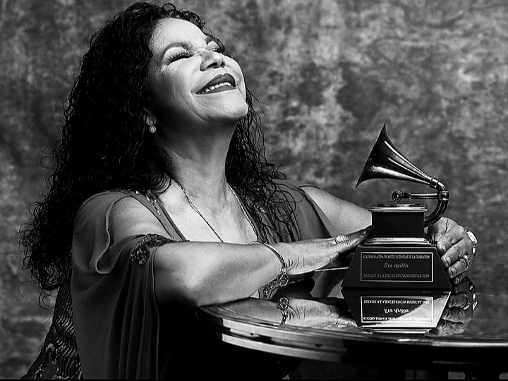 The Living Legend of Peru, Eva Ayllón about Dimash