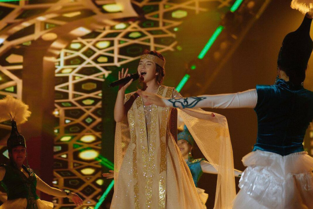 singer Baqytty Bala AktobeOner Ortalygy