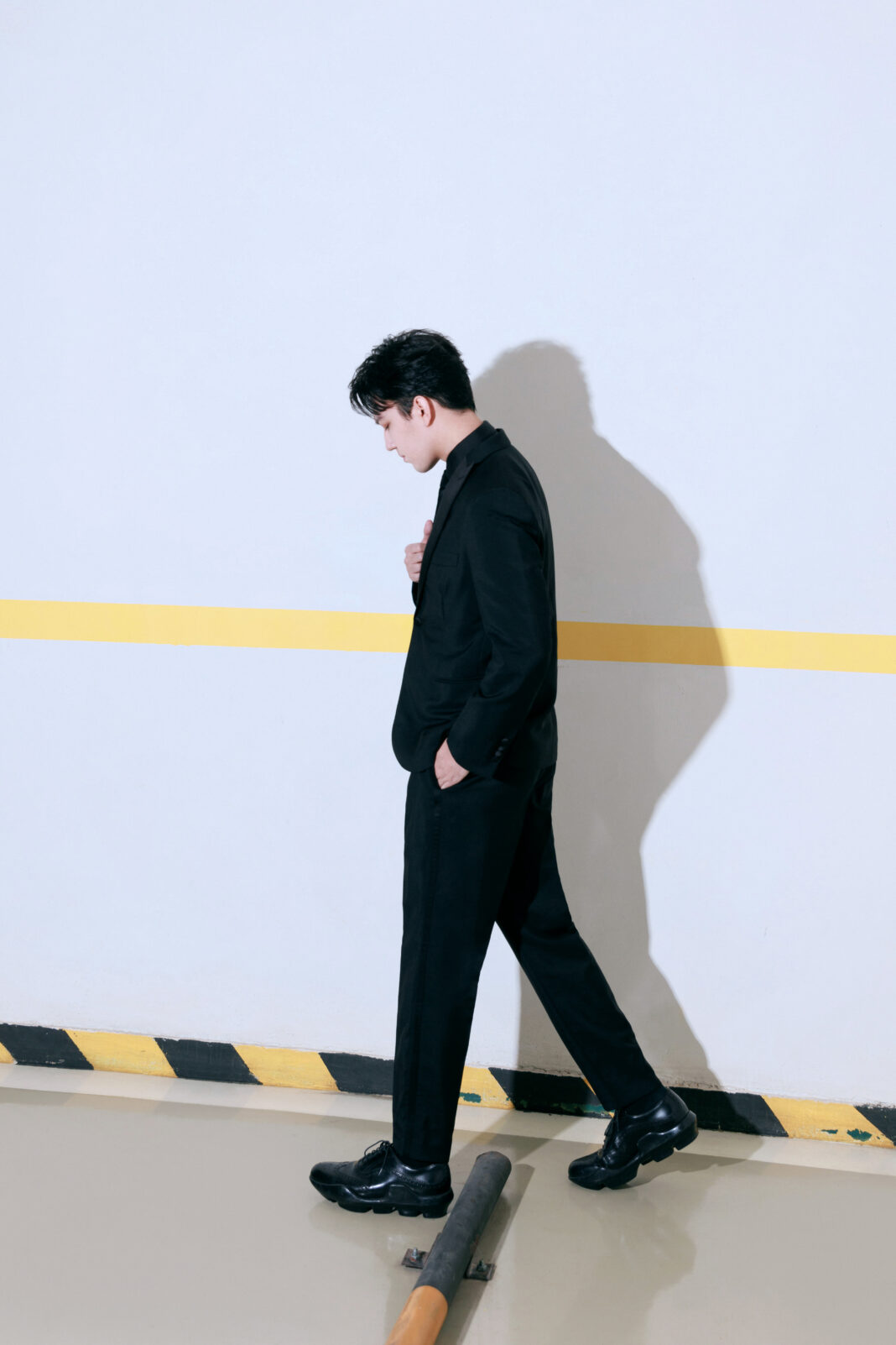 Dimash performed at the Beijing College Student Film Festival